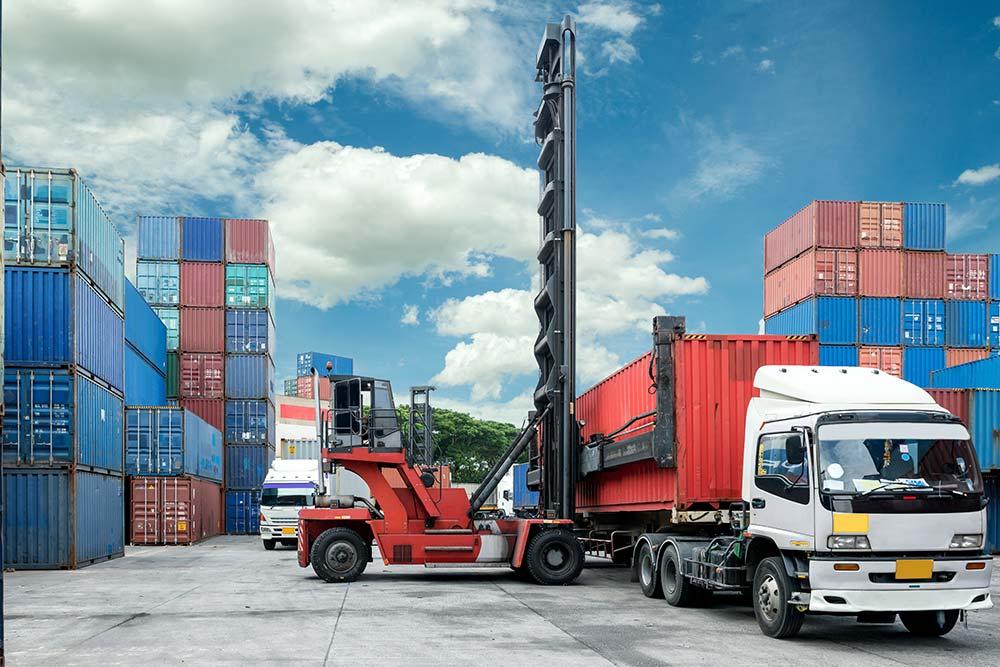 Sea-Port-Operating-Tyre-img